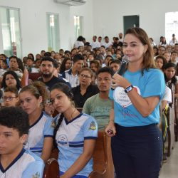 Sandra Garcia. Promotora de Justiça palestrante.